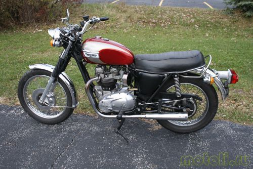 Мотоцикл Triumph Bonneville 750 T140V (1973)