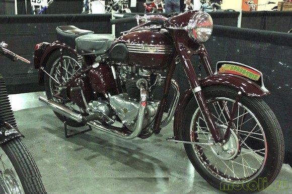 Мотоцикл Triumph Speed Twin 500 (1947)