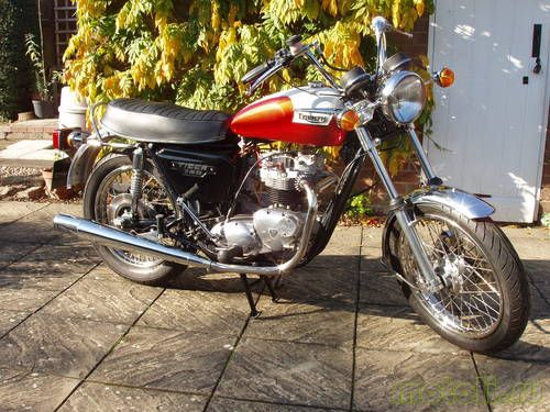 Мотоцикл Triumph Tiger TR7V (1976)