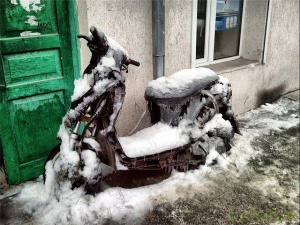 как кататься на скутере снежной зимой