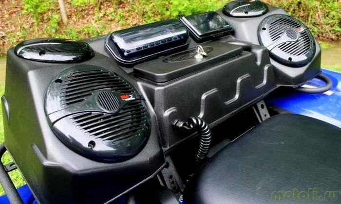 Влагозащищенный кофр с встроенной аудиосистемой J. Strong Industries