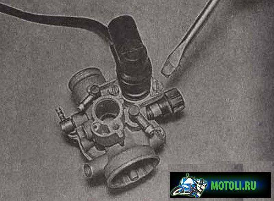 Холодный двигатель скутера (мопеда) не запускается — ищем причину