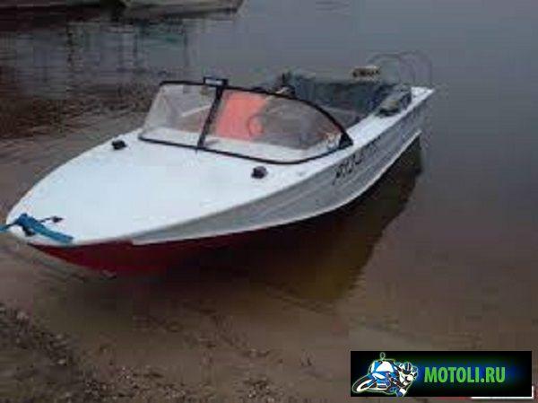Моторная лодка (мотолодка) Днепр