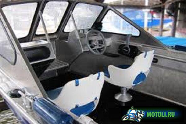 Лодка RusBoat-52