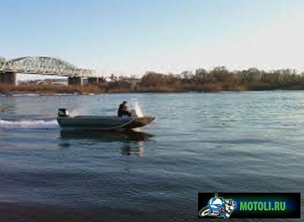 Лодка RusBoat 50