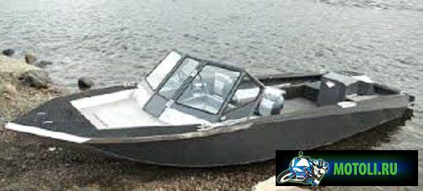 Лодка Росомаха 580