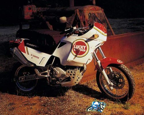 Cagiva Elefant 750C ie Lucky Explorer